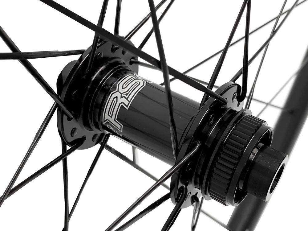 Alpina-A3D-30mm-Carbon-Disc-Road-Wheelset-3.jpg