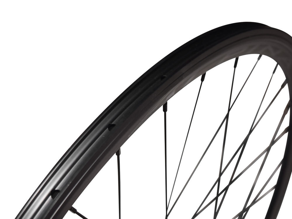 Alpina-Track-Wheelset-4.jpg