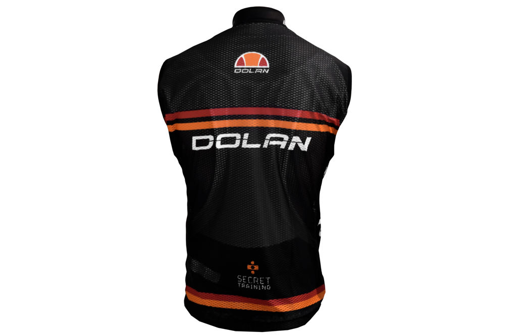 Dolan-Ellesse-Gilet-Jersy-3.jpg